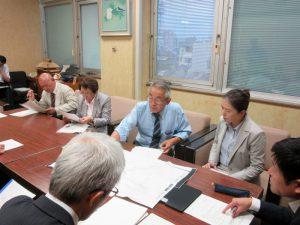 日本共産党鳥取県東・中部地区委員会と鳥取市議会議員団は、10月4日鳥取市長に『台風被害災害についての要望書』を提出